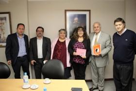 El vicegobernador reunido con docentes de la escuela